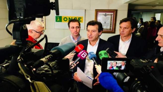 Líder del PP en Baleares, Biel Company, haciendo declaraciones