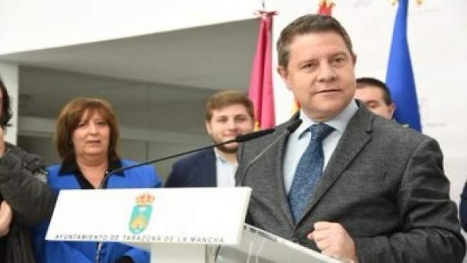 Page ofrecerá retomar el convenio para rehabilitar cuarteles de la Guardia Civil