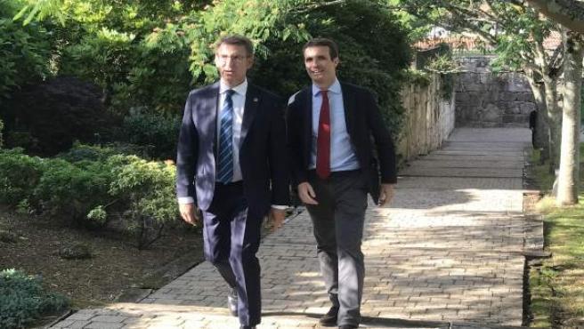 Alberto Núñez Feijóo y Pablo Casado, en Santiago