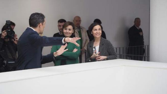La consejera de Hacienda, Dolores Carcedo, visita el nuevo edificio administrati