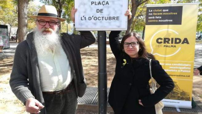 Crida per Palma realiza un acto simbólico y cambia el nombre de la Plaza de la G
