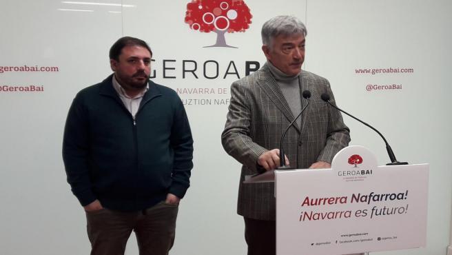 Los parlamentarios de Geroa Bai Unai Hualde y Koldo Martínez.