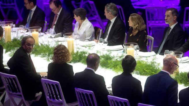 El rey Felipe VI y Quim Torra, en el Mobile World Congress de Barcelona.