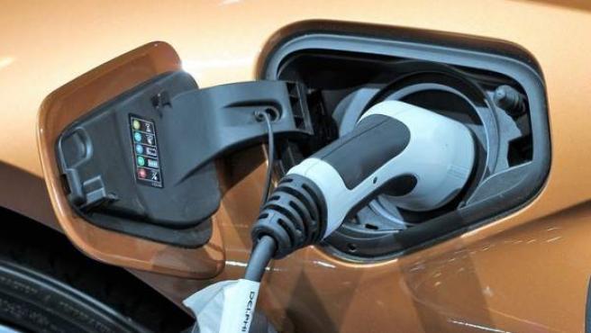 Los vehículos eléctricos comienzan a tener gran demanda en el sector automovilístico.