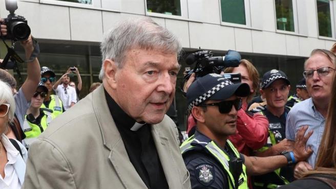 El cardenal George Pell llega a la Corte en Melbourne (Australia).