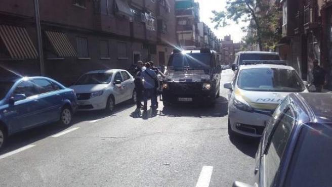 Uno de los momentos del desahucio que se ha producido en Carabanchel.