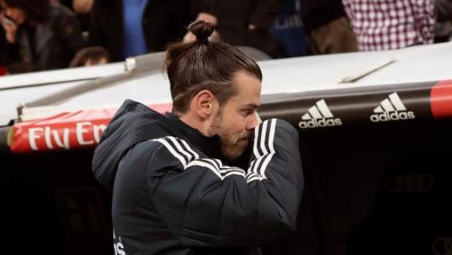 Gareth Bale se dirige al banquillo del Santiago Bernabéu.