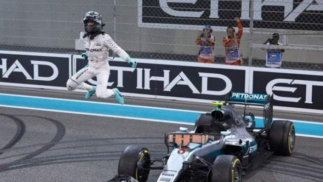 Una imagen de Nico Rosberg como campeón mundo Mundial F1 Abu Dabi.