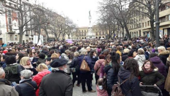 Manifestación durante la huelga feminista en Pamplona.
