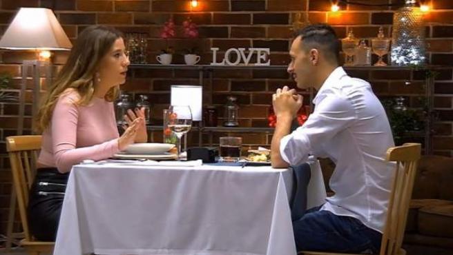 Kora y Juan Manuel, en 'First dates'.