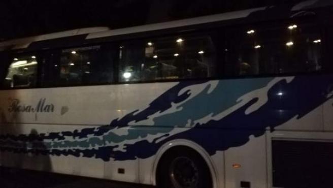 """L'Ajuntament de València """"despulla"""" l'autobús d'HazteOír dels seus missatges"""