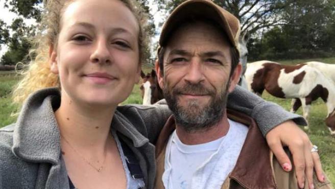 Sophie Perry junto a su padre, el fallecido actor Luke Perry.