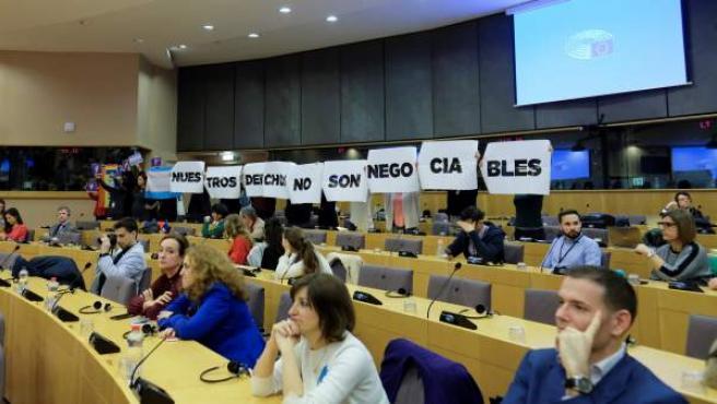 La protesta a la llegada de Vox a la Eurocámara.