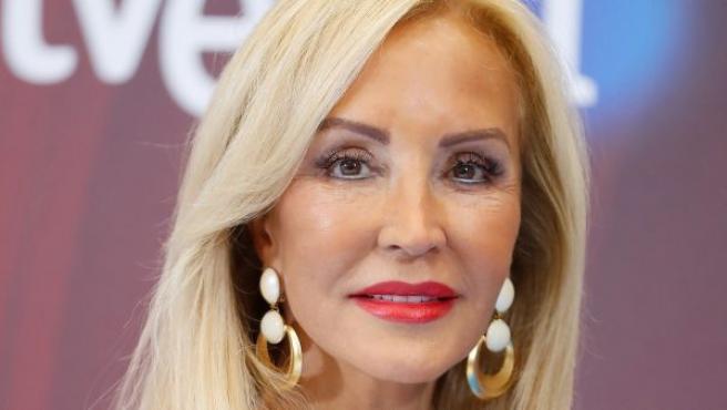 María del Carmen Fernández-Lomana Gutiérrez, más conocida como Carmen Lomana.