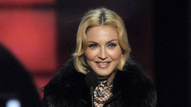 Madonna recogiendo un galardón por su gira 'MDNA Tour' en los Premios Billboard.