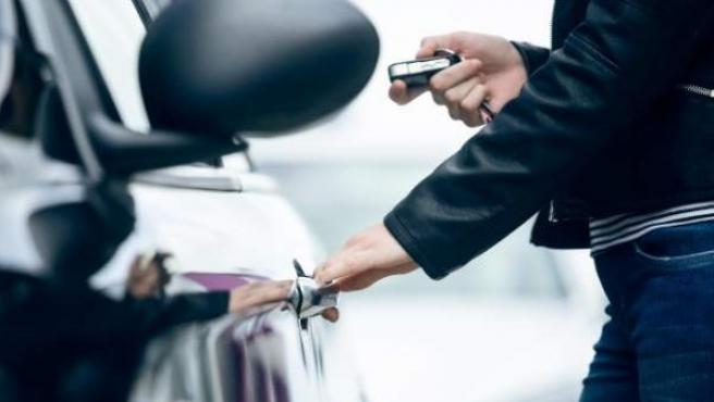 Los jóvenes de entre 18 y 24 años son los que tienen mayor interés en comprar un coche de segunda mano.