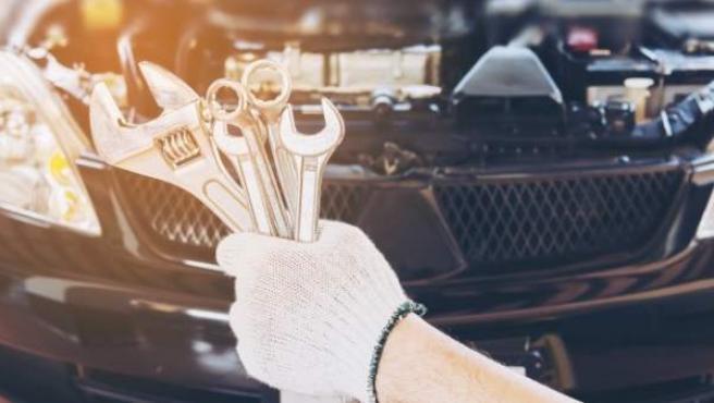Un mantenimiento completo incluye un repaso íntegro de los cuatro filtros y del aceite.