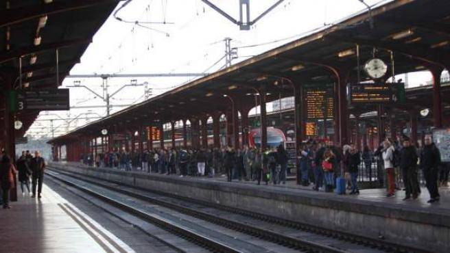 Vista de la estación de Chamartín de Madrid poco después de las 8 de la mañana del 8M de 2019.
