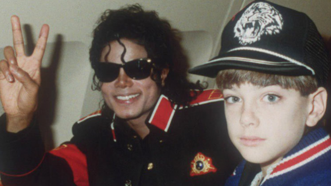 Radios de Canadá y Nueva Zelanda se apuntan al boicot contra Michael Jackson