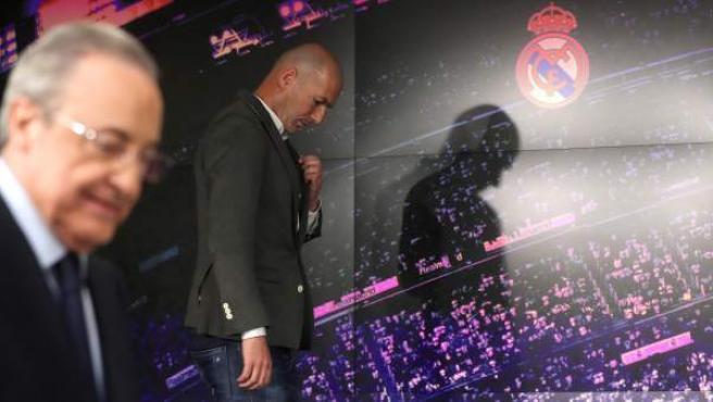 Zidane y Florentino Pérez en el regreso del técnico al Real Madrid