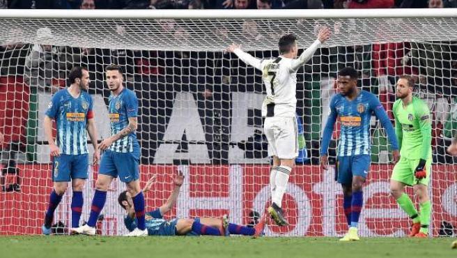 Cristiano Ronaldo celebra uno de sus goles en el Juventus - Atlético.