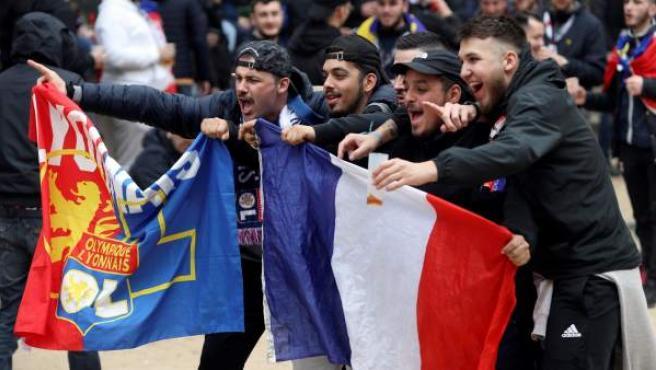 Aficionados del Olympique de Lyon en Barcelona.