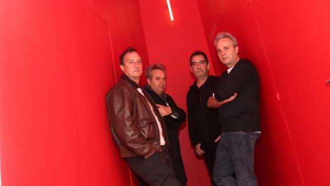 La banda madrileña Hombres G publica disco nuevo, Resurrección (Altafonte), en 2019.