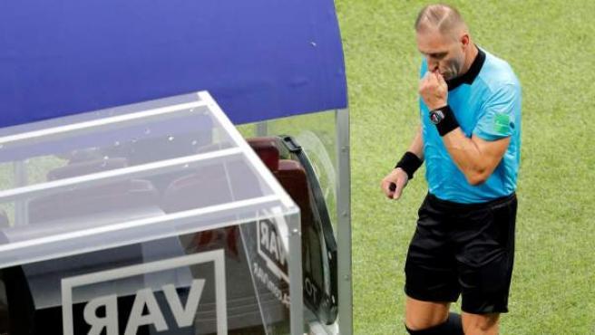 La irrupción del Video Assistant Referee (VAR) en Rusia 2018 fue determinante. Incluso en la final entre Croacia y Francia fue necesaria su utilización.