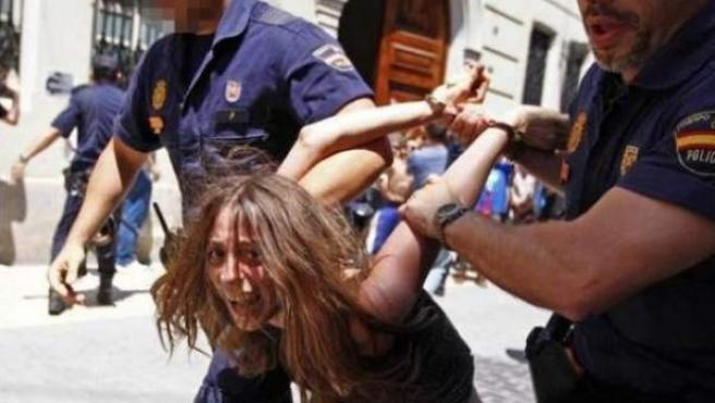 María G., la mujer detenida por el presunto homocidio de sus hijos en Godella.