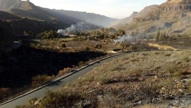 Sucesos.- Controlado el incendio de Fataga (Gran Canaria)