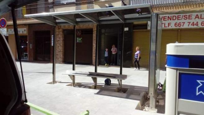 Jaén.- El Ayuntamiento reubica la parada de autobús de la calle Álamos para mejo