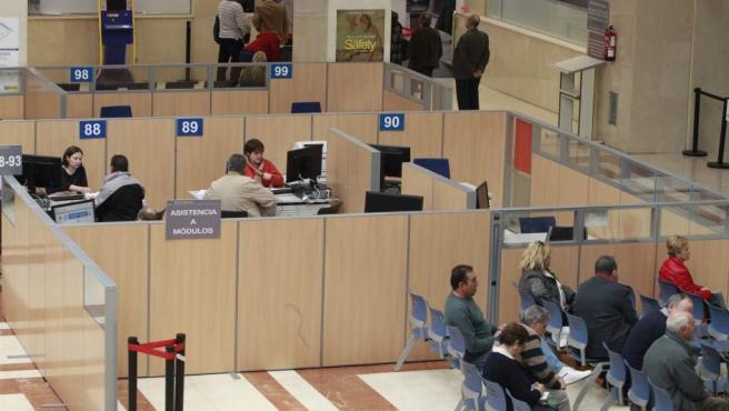 Imagen de archivo de una oficina de la Agencia Tributaria.