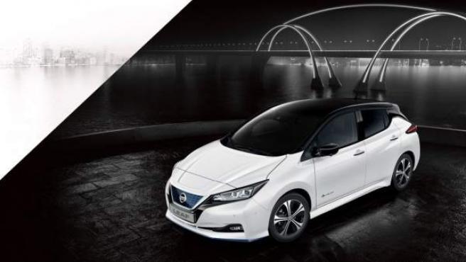 El Nissan LEAF es uno de los líderes del mercado en España de vehículos eléctricos.