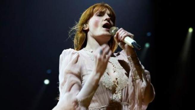 La banda británica Florence and the Machine, liderada por la cantante Florence Welch, en el Palau Sant Jordi de Barcelona.