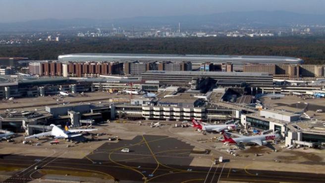 El Aeropuerto de Frankfurt es uno de los más grandes del mundo y de los más transitados de Europa.
