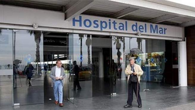 Fotografía de la Entrada del Hospital del Mar de Barcelona.