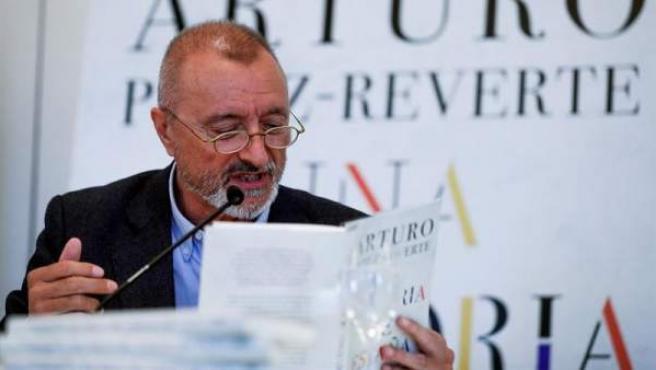 El escritor Arturo Pérez-Reverte, durante la presentación de su libro 'Una Historia de España'.