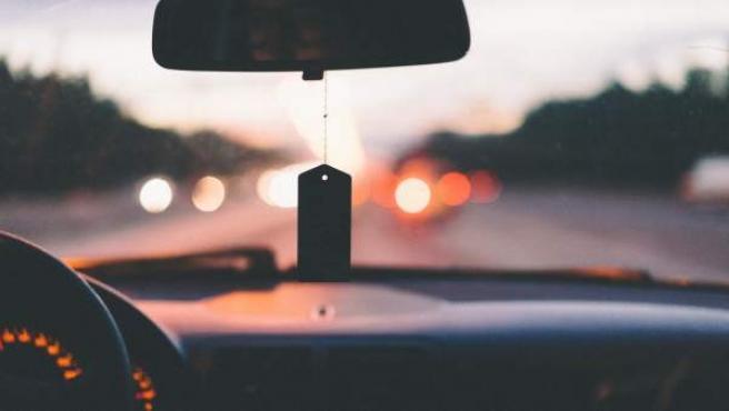 Cuatro de cada diez españoles tienen coches de gasolina.