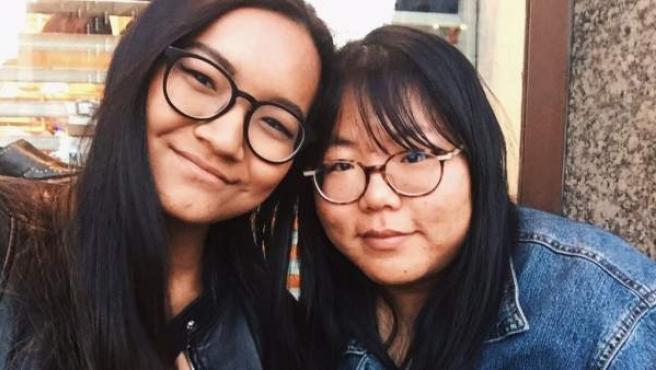 Las redes sociales han ayudado a que Sara y Alejandra se reencuentres, 17 años después.
