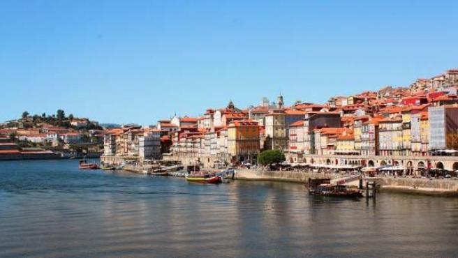 Oporto esconde un sinfín de opciones para disfrutar estas vacaciones.