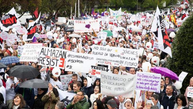 Manifestantes en la protesta la 'España vaciada' en Madrid.