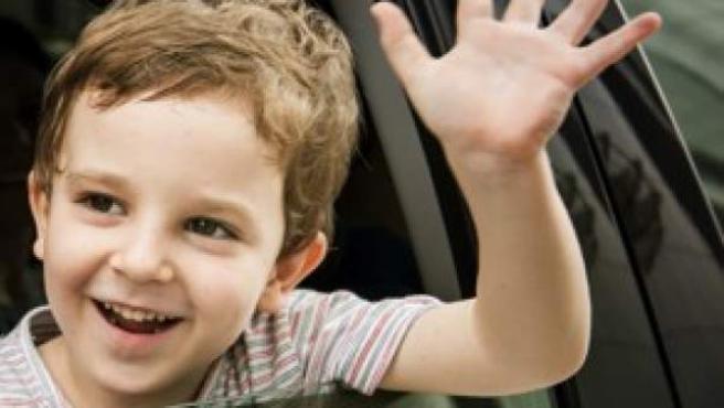 Es importante que el coche en el que viajen los menores cuente con espacio suficiente en la bancada trasera.