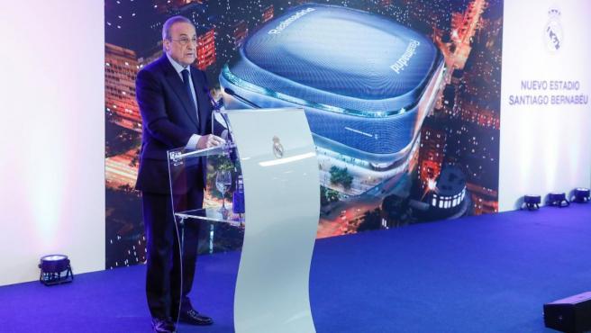 Florentino Pérez, presidente del Real Madrid, presenta las obras del nuevo estadio Santiago Bernabéu.