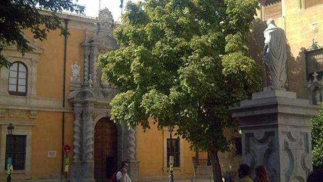 Investigado un profesor de la Universidad de Granada por siete supuest