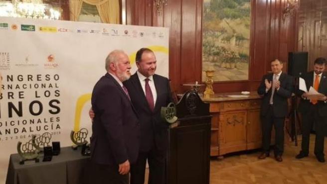 Huelva.- José Luis García Palacios recibe a título póstumo la distinción de 'Cap