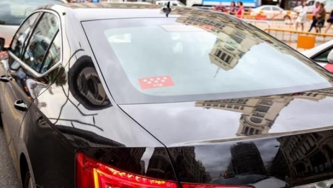 Imagen de archivo de un coche con licencia VTC.