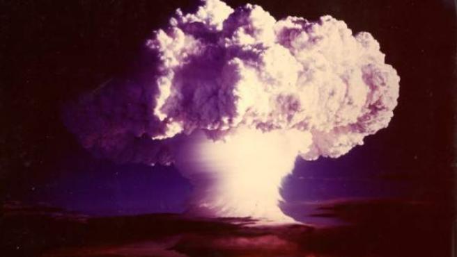 Explosión de la bomba termonuclear Ivy Mike el 1 de noviembre de 1952.