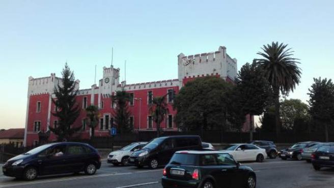 Oviedo.- El alcalde firma el protocolo pactado con Defensa para recuperar La Veg