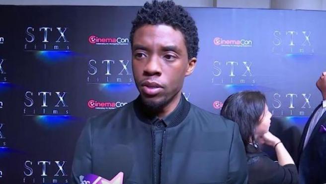 """Chadwick Boseman no piensa hablar sobre 'Vengadores: Endgame': """"Estoy muerto"""""""