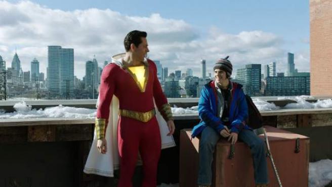 Una escena de la película ¡Shazam!